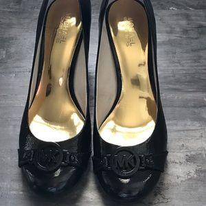 Michael Kors Textured Patent Leather Logo Heels